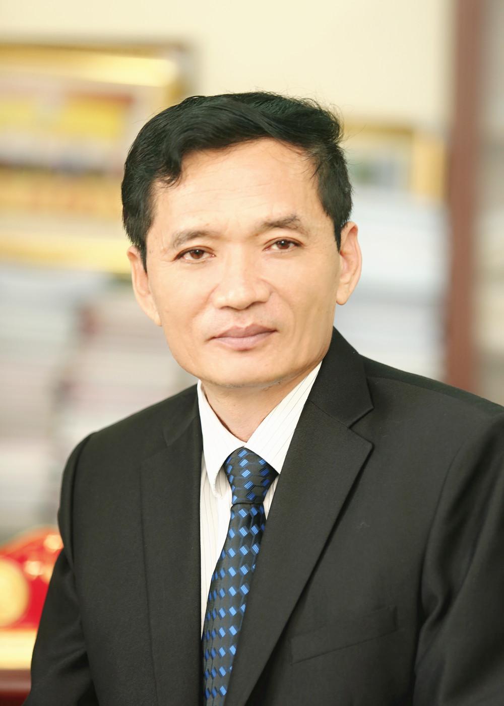 TS. Vũ Vinh Quang
